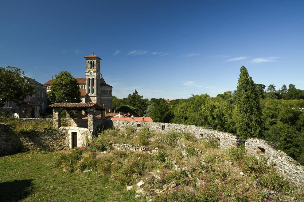 Vue à partir du château de l'église de clisson