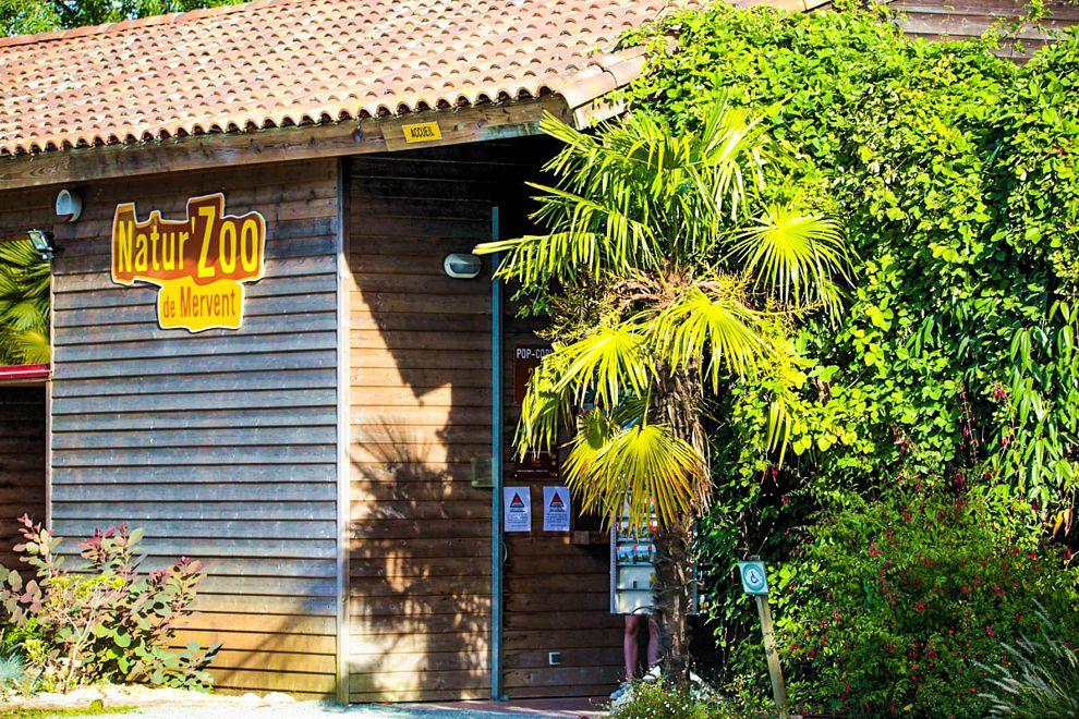 Entrée du zoo de mervent