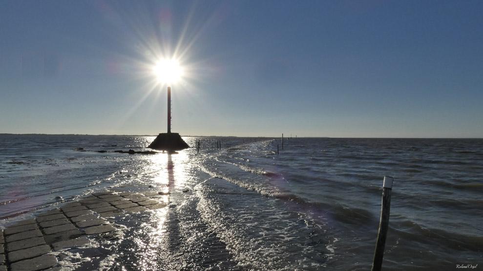 Coucher de soleil sur le Passage du Gois